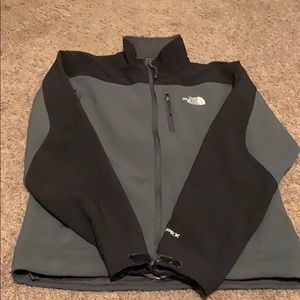 Men's north face size small
